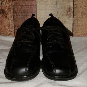 George boys black lace-up dress shoes. 2 EUC